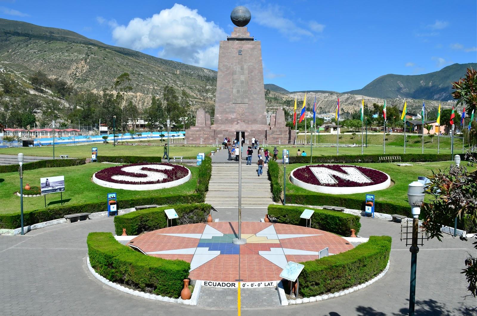 Monumento a la Mitad delMundo